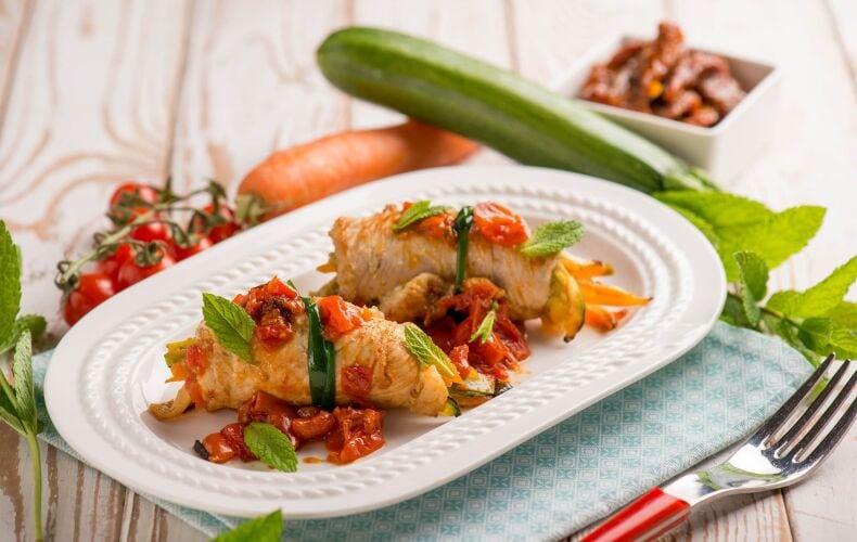 Ricetta Involtini Di Tacchino Con Pomodorini E Zucchine