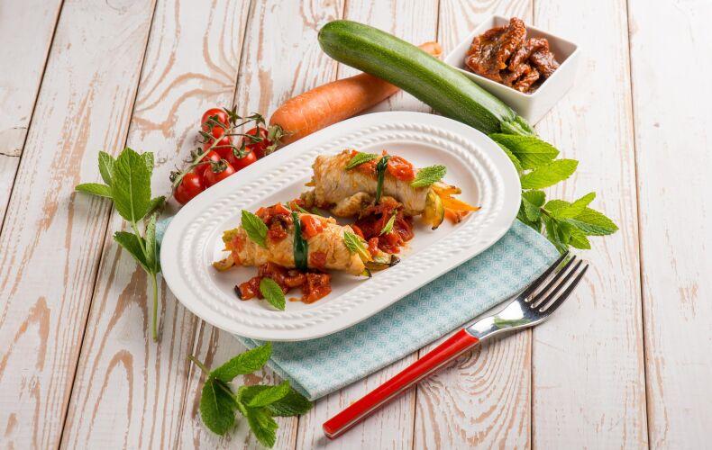 Ricetta Involtini Di Tacchino Pomodorini E Zucchine