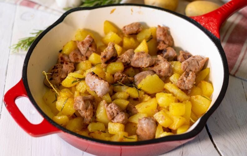 Ricetta Salsiccia E Patate Finale