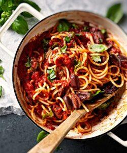 Ricetta Spaghetti Al Sugo Piccante Pomodoro E Olive