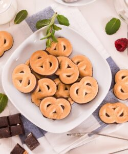 Ricetta Biscotti Pretzel Con Cioccolato