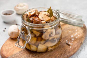 Ricetta Funghi Champignon Sottolio Fatti In Casa