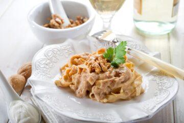 Ricetta Pasta Con Le Noci