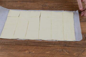 Ricetta Cestini Di Sfoglia Con Cipolle Caramellate 1