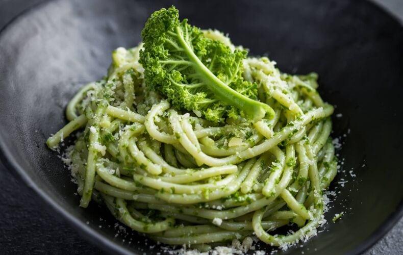 Ricetta Pasta Al Pesto Di Cavolo