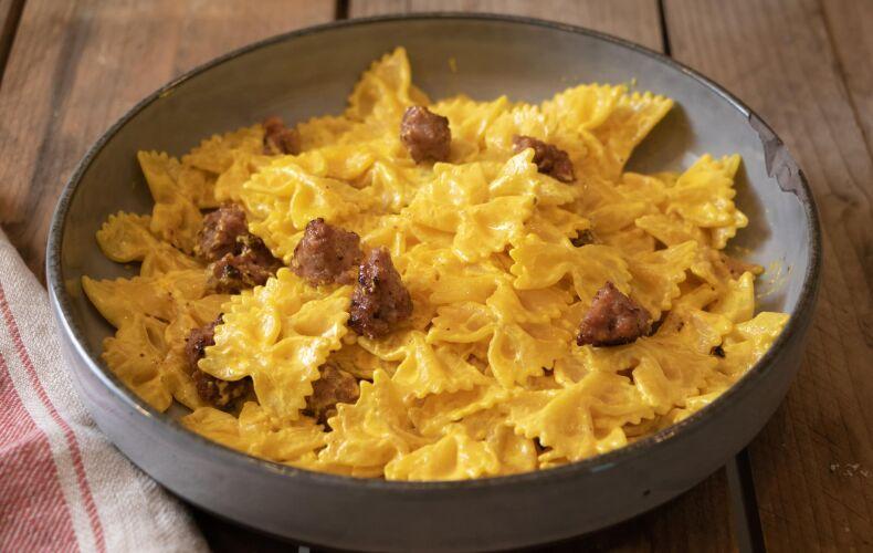 Ricetta Pasta Cremosa Zafferano E Salsiccia 2