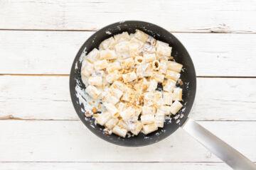 Ricetta Pasta Ricotta Noci Prosciutto Crudo 9