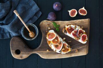 Ricetta Toast Con Ricotta Fresca E Fichi