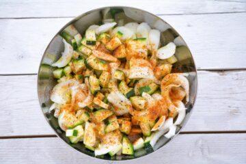 Ricetta Zucchine Cipolle Al Forno 2