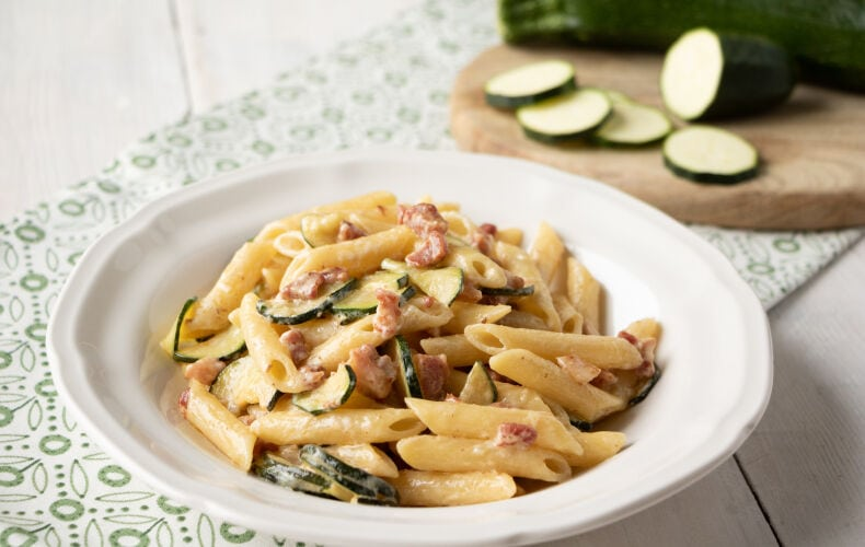 Ricetta Pasta Cremosa Zucchine E Pancetta 2