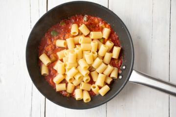 Ricetta Pasta Peperoni E Tonno Step 4