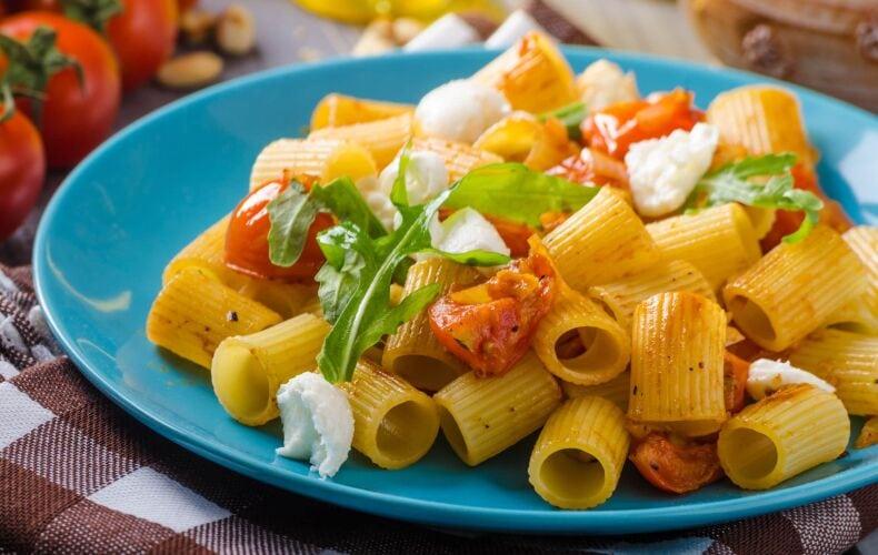 Ricetta Pasta Pomodoro E Mozzarella 1