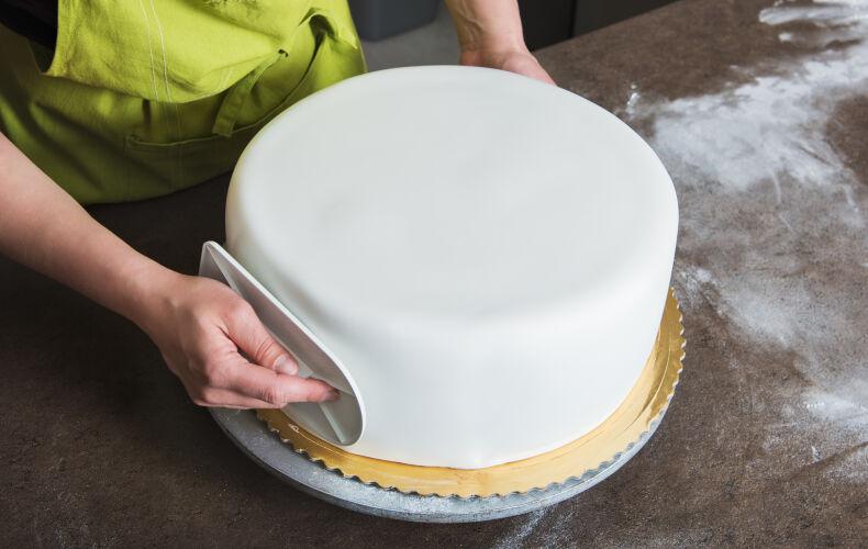 Come Decorare Una Torta Con Pasta Di Zucchero