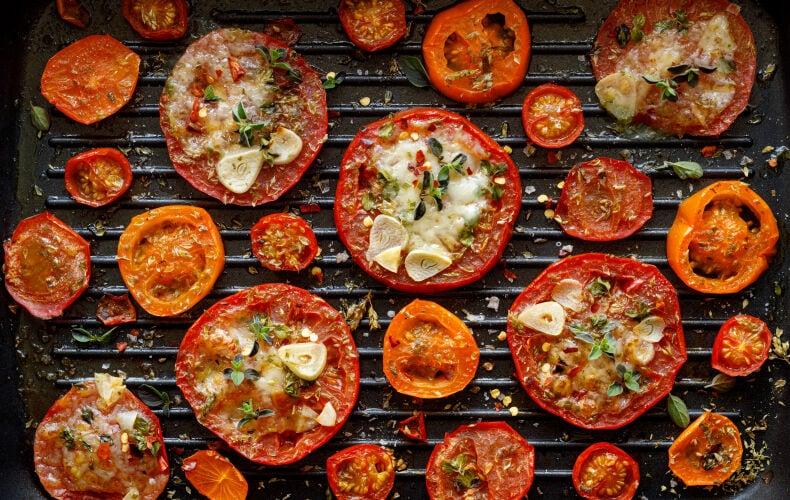 Ricetta Pomodori Alla Piastra Con Formaggio