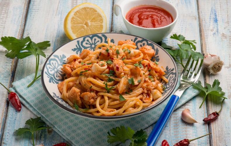 Ricetta Spaghetti Al Sugo Di Calamari
