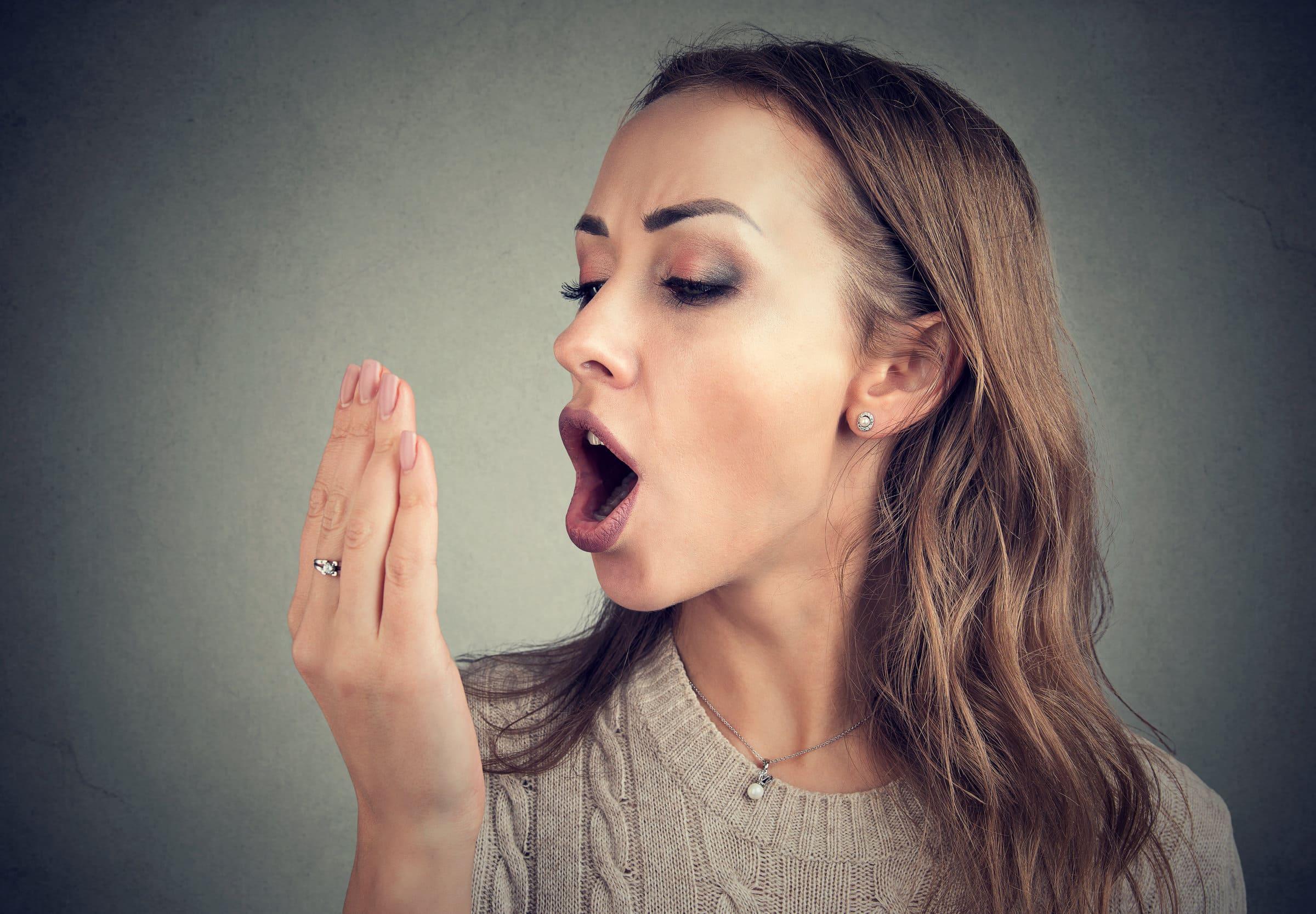 10 Cibi Contro Lalitosi