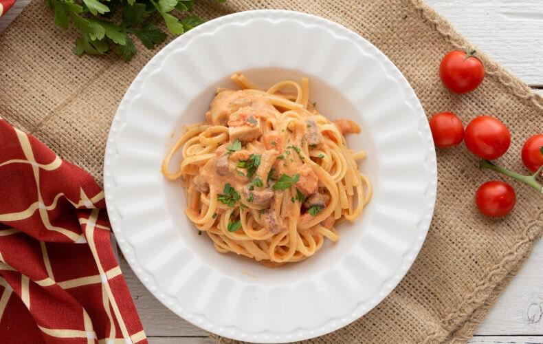 Ricetta Pasta Cremosa Funghi E Pomodoro