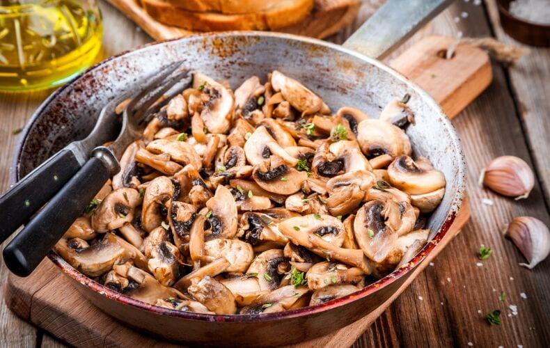 Ricetta Funghi Champignon Trifolati